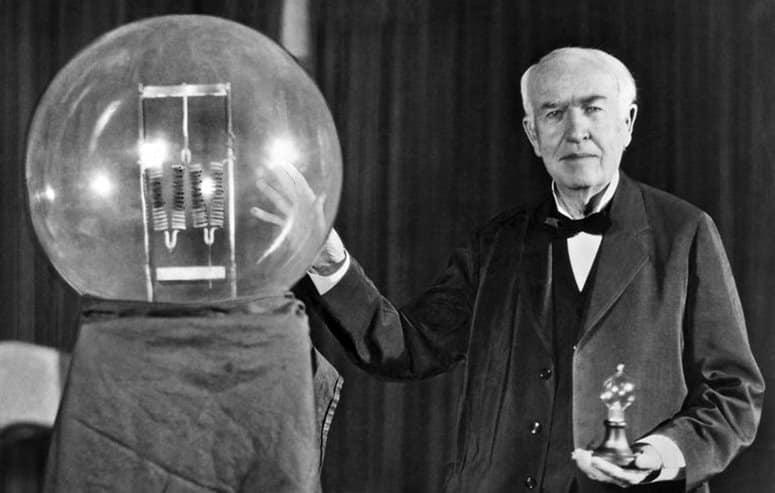 Bombilla - Thomas Alva Edison invento